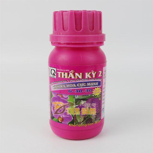 Phân bón kích thích ra hoa NPK Thần Kỳ 2 - T73