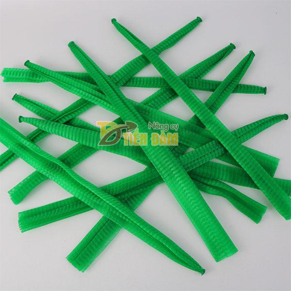1kg Túi lưới nhựa dài 40cm màu xanh