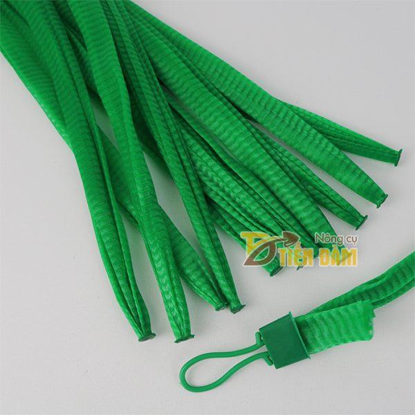 1kg Túi lưới nhựa dài 25cm màu xanh