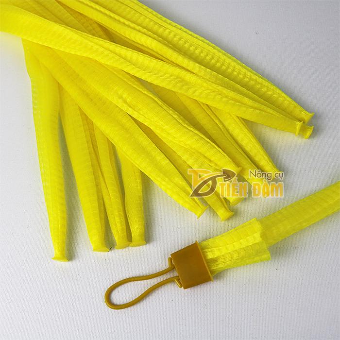 1kg Túi lưới nhựa màu vàng dài 35cm kèm khóa
