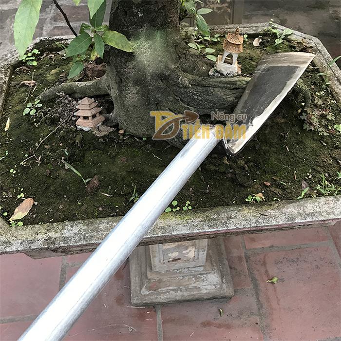Dầm đào đất , đánh bầu cây cán 70cm - D8