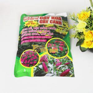 Phân bón vi lượng cung cấp dinh dưỡng cho cây - T112