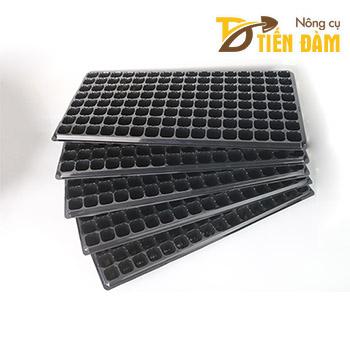 5 Khay ươm hạt giống 128 lỗ - CH17