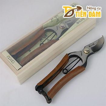 Kéo cắt cây cảnh Nhật Bản hộp gỗ cao cấp – K57